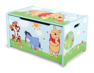 Delta Children - TB84687WP - Winnie l'Ourson - Coffre à Jouets en Bois