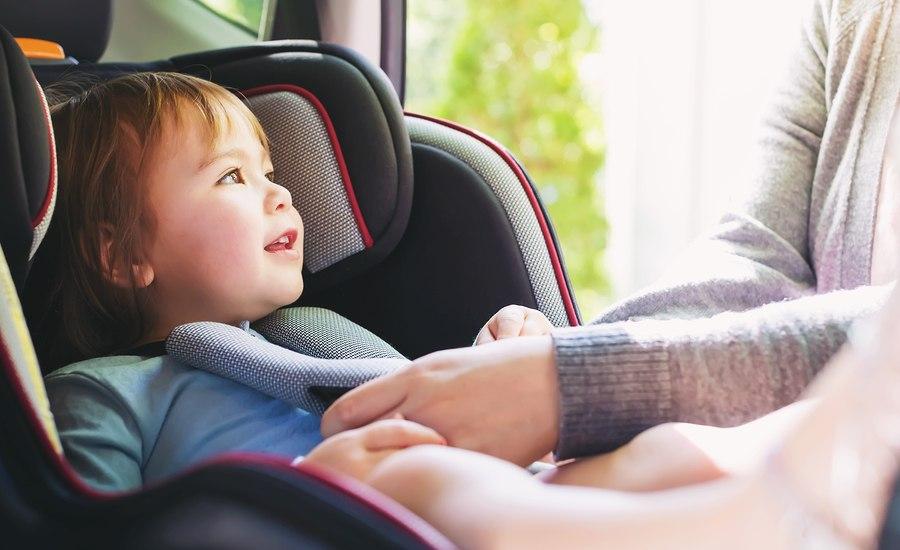 voyager en voiture avec un bebe