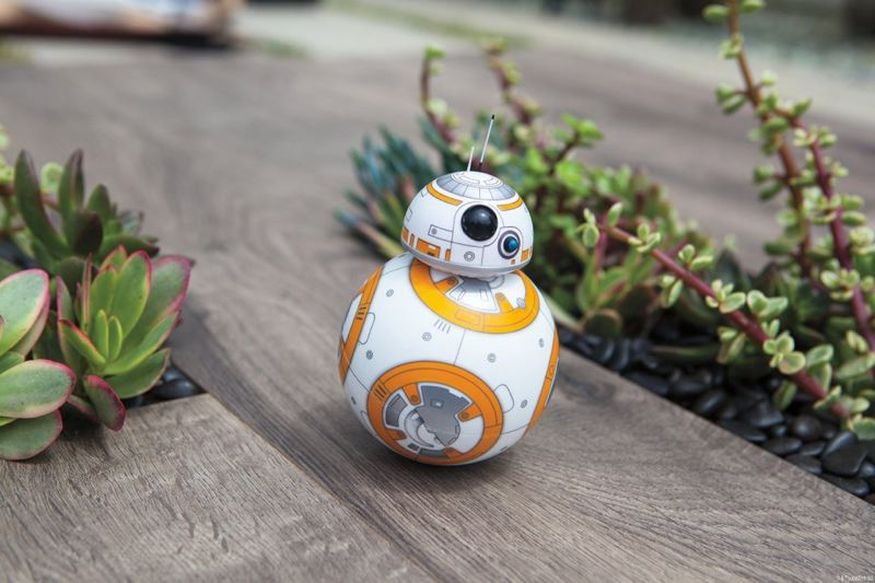 robot star wars bb8